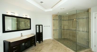 Bath Ceiling & Floor Detail